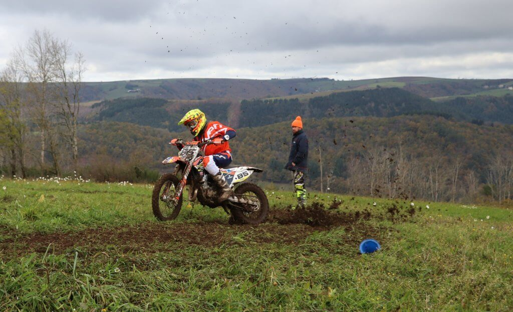 <strong>Stage Enduro</strong>