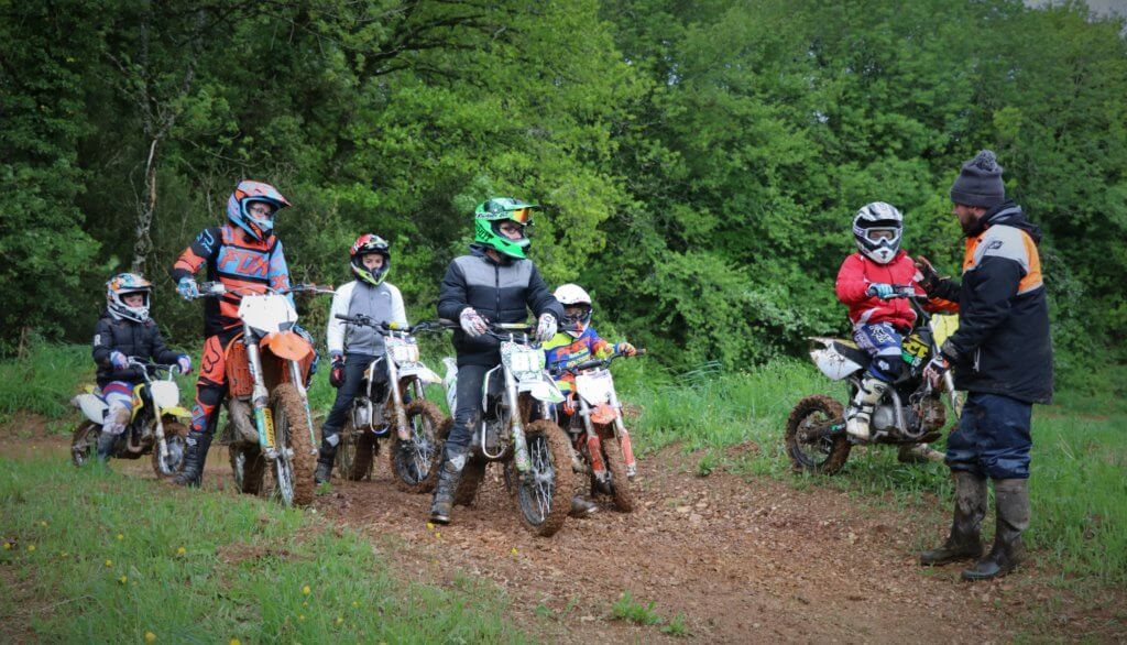 <strong>Ecole moto enfants Viane</strong>